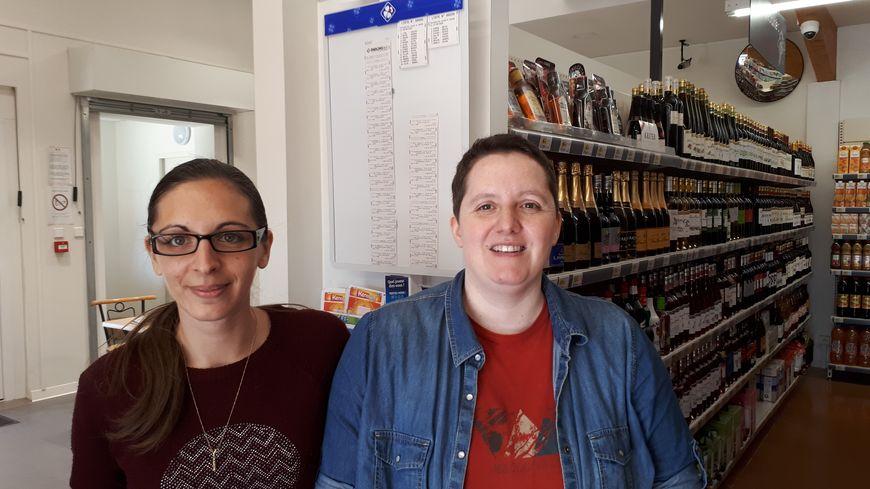 La co-gérante du Vival Edwige Budera et son employée Vanessa entendent beaucoup parler de ces 13 millions