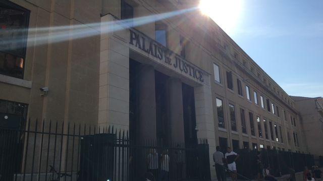 Le tribunal de grande instance de Nîmes.