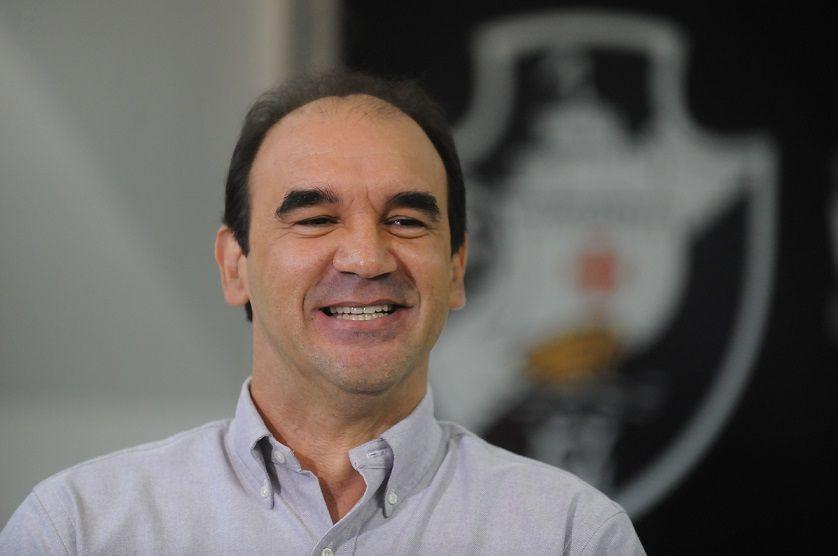 Si son arrivée se confirme, Ricardo fera ses débuts le 16 septembre face à Nîmes.