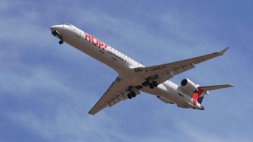 Air France, via sa filiale Hop !, maintient 10 vols par jour à destination d'Orly malgré la LGV.