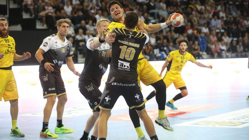 Victoire de Chambéry à Aix-en-Provence 26 à 25