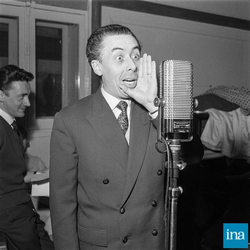 """André Obey : """"Je considère la radio comme une pure éloquence d'oreille"""""""