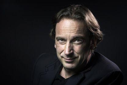 """François Busnel, journaliste et critique littéraire. Il est l'animateur et le producteur de l'émission """"La Grande Librairie"""" depuis 2008 (tous les mercredi à 20h55 sur France 5)"""