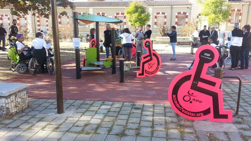 L'APF du Cher a investi l'aire de jeux du quartier Baudens de Bourges