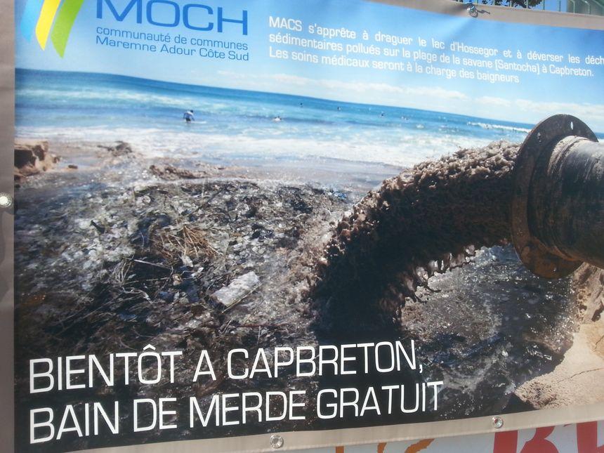 Les opposants au déversement des 130 000 m3 de sable extraits du lac d'Hossegor plage de Santocha à Capbreton ont diffusé une campagne contre le projet sur les réseaux sociaux