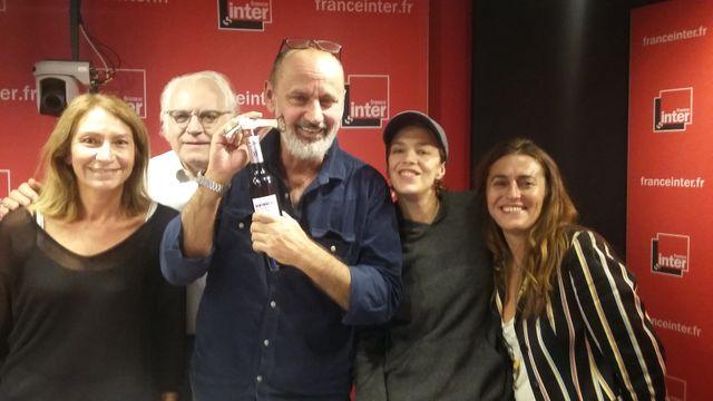 """""""Vous Les Femmes"""", de g. à d. : Sylvie Canal, Albert Algoud, Daniel Morin, Céline Sallette, Guillemette Odicino"""