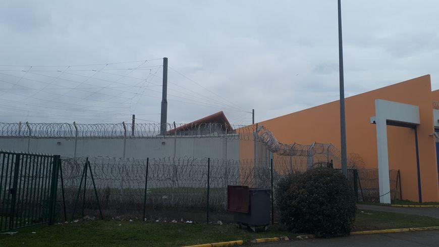 La maison d'arrêt de Seysses au sud de Toulouse