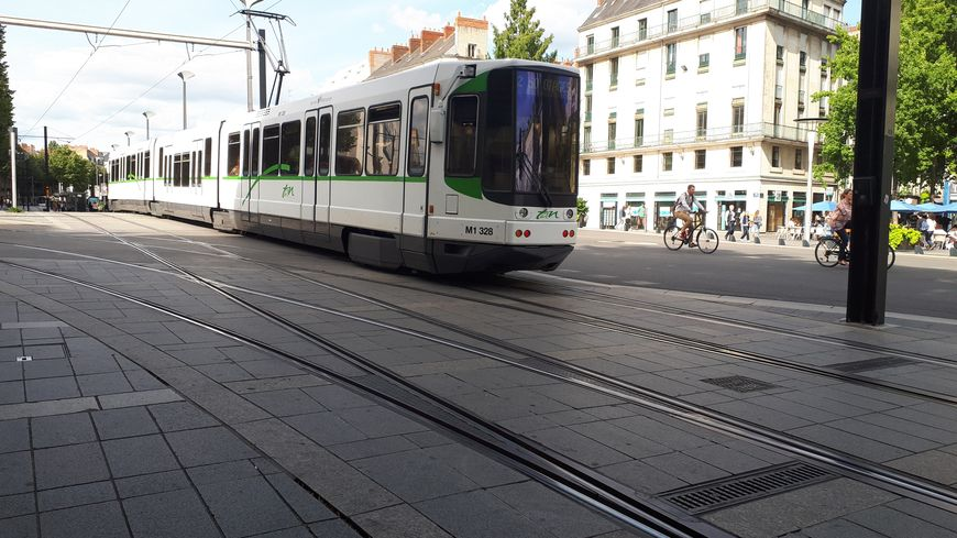 La ligne 2 du tramway nantais