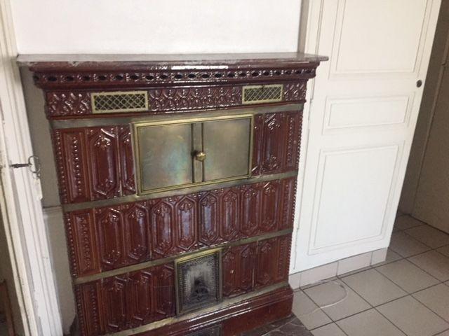 Un poêle alsacien qui sera conservé comme le demande les Bâtiments de France