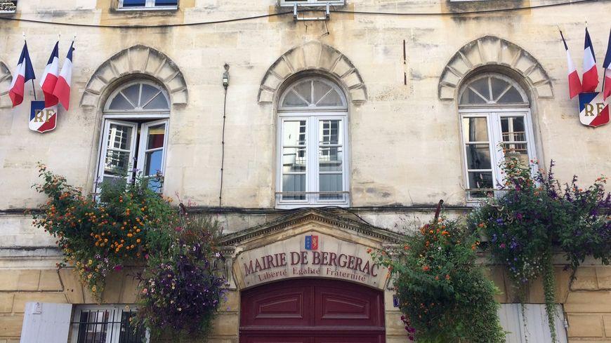 La mairie de Bergerac, objet de convoitises à 18 mois des élections municipales