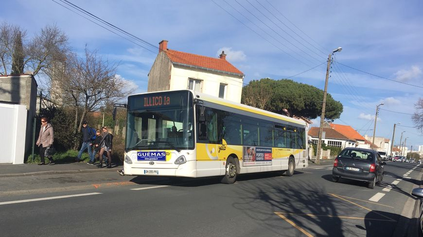 Les bus sont de retour dans les rues rochelaises, après trois jours de blocage du dépôt de Lagord.