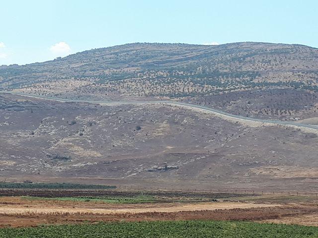 Le mur construit par les Turques sur la frontière avec la Syrie.
