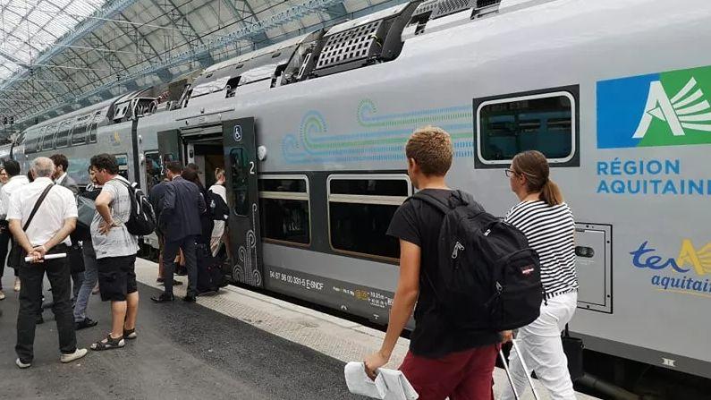 Un TER en gare de Bordeaux St-Jean, le 27 août 2018 (photo d'illustration)