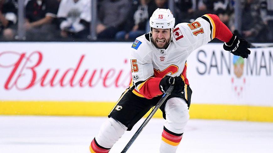 L'attaquant canadien Tanner Glass, ici sous les couleurs de Calgary, pourrait bien devenir le chouchou du public girondin.