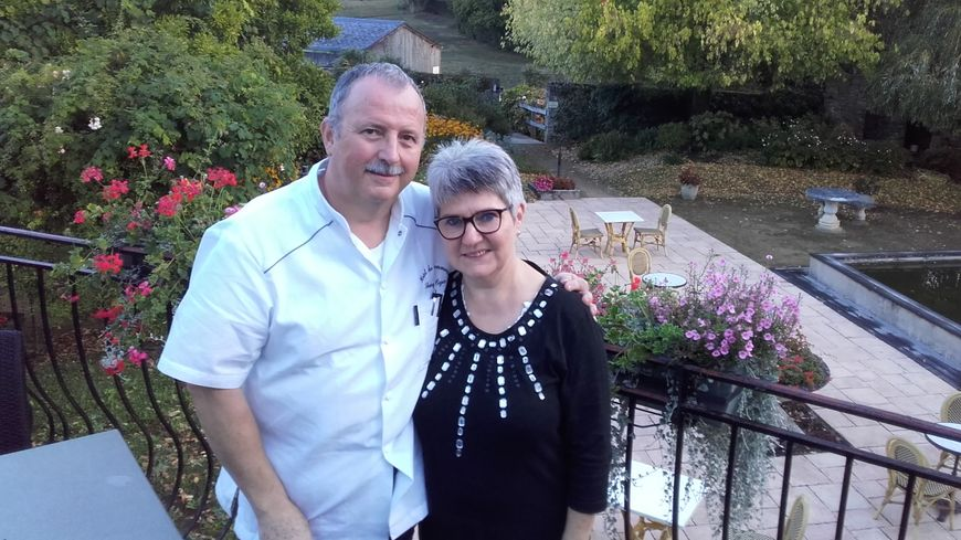 Samuel et Marie-Jo Oger, propriétaires de l'Hôtel-Restaurant du Commerce à Vaiges