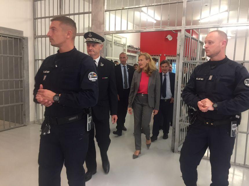 la ministre de la justice Nicole Belloubet a visité ce nouveau QPR le 20 septembre 2018, à quelques jours de son ouverture.