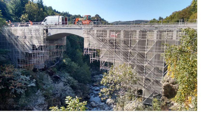 Le pont du Ray Pic (Ardèche) en travaux