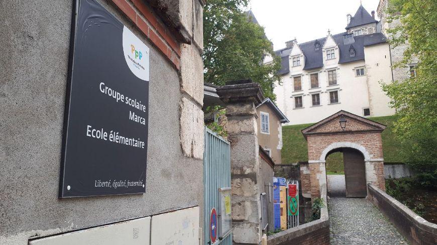 L'entrée de l'école Marca dans le quartier du château à Pau