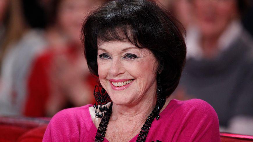 Anny Duperey jouera dans une scène de fête du village à Audrix, avec Françis Perrin.