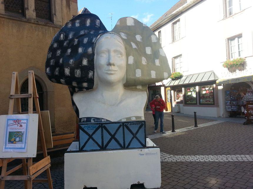 Une exposition qui mêle  tradition et art contemporain