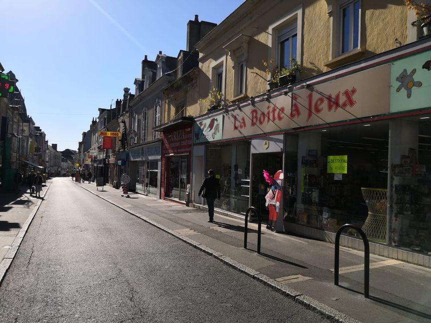La Boite à Jeux est l'un des magasins historiques la rue nationale, au Mans.