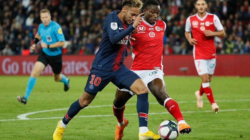 Ghislain Konan aura souffert face à Neymar et les attaquant parisiens