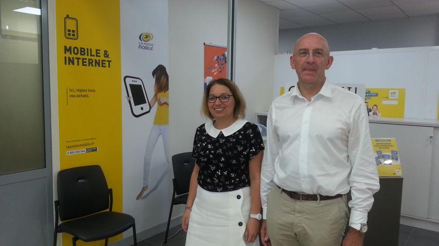 Jacques Lemaire, délégué régional de La Poste et Stéphanie Boulestaix, directrice adjointe