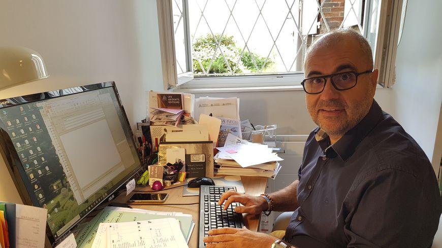 Jean-Marc Ferrer à l'origine des Ardents Editeurs