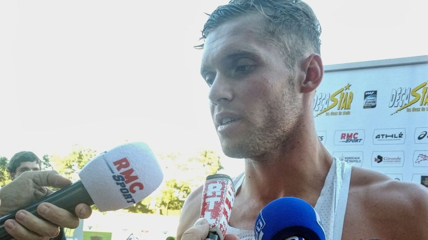 """Kévin Mayer après son 400m bouclé en 48""""42, à Talence, le 15 septembre 2018."""