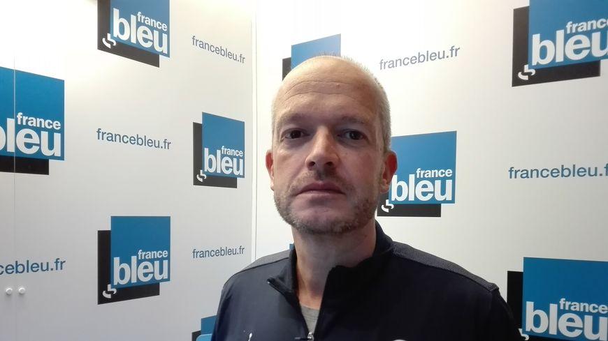 Promu en N1 cette saison avec ses basketteurs du BesAC, le coach Nicolas Faure était l'invité de France Bleu Besançon Sports ce lundi 24 septembre 2018