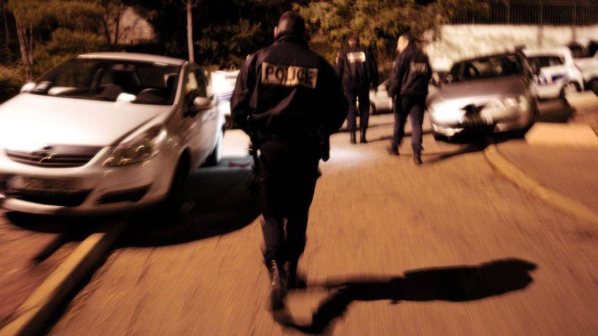 Les policiers ont été agressés par une trentaine d'individus samedi soir à Brive - illustration