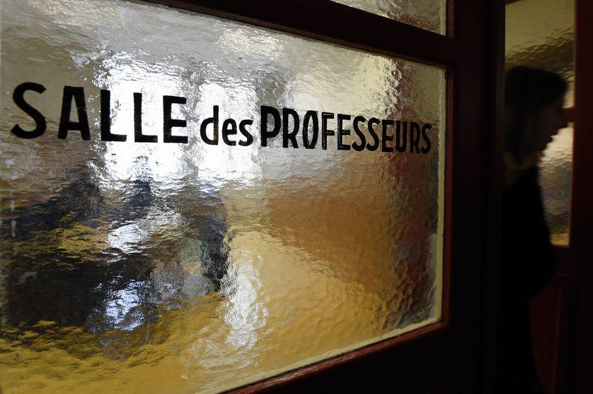 professeurs de rencontres en ligne sites de rencontres pour les pompiers
