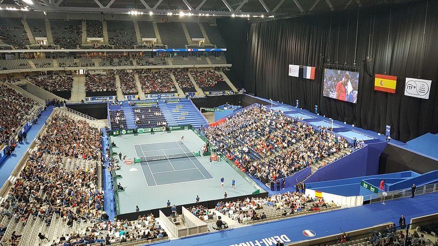 La finale de la Coupe Davis se jouera au stade Pierre Mauroy du 23 au 25 novembre prochains.