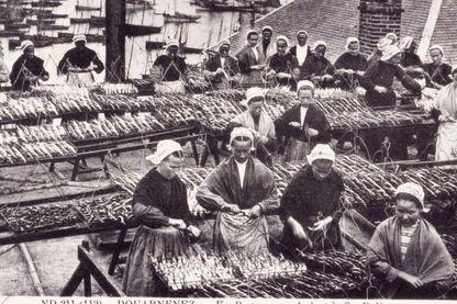 Conserverie à Douarnenez vers 1900
