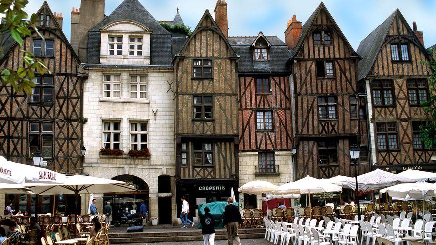 La place Plum à Tours, un des sites touristiques plébiscités par les touristes