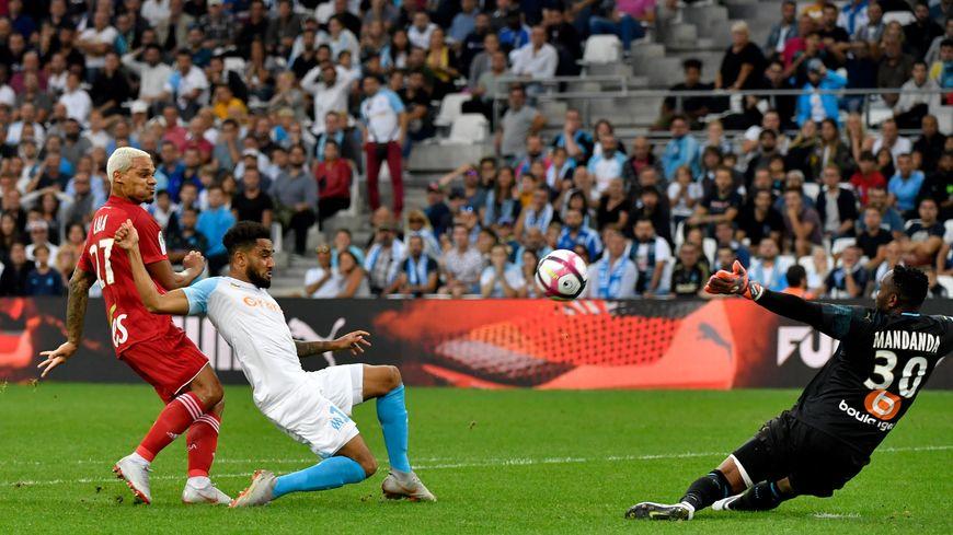 Le but de Kenny Lala, premier but de la rencontre
