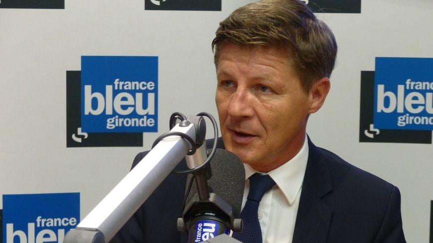 "Nicolas Florian invité de ""Vendredi Politique"" sur France Bleu Gironde."