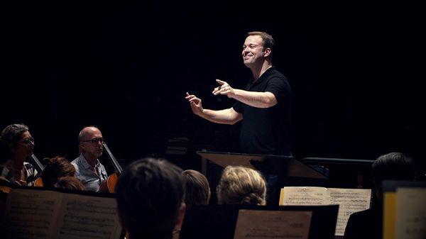 Le chef belge David Reiland est l'invité de Musique Matin