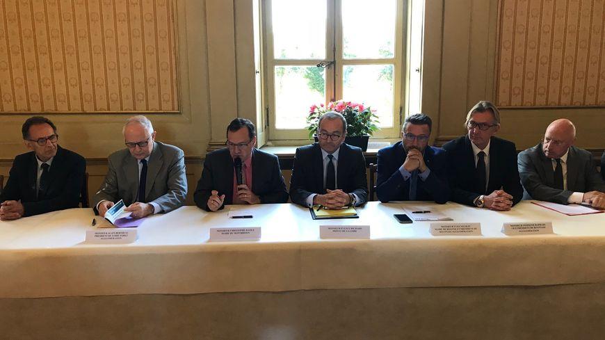 Signature  de la convention avec l'état  mercredi à la sous-préfecture de Montbrison