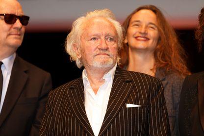 """Niels Arestrup est l'invité de Nagui avec Ludmila Mikael pour parler de la pièce """"Skorpios au loin"""" qu'ils jouent à partir du 18 septembre aux Théâtre des Bouffes Parisiens"""