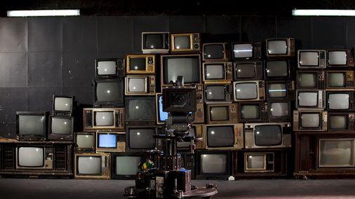 Les débuts sont difficiles pour la télévision en couleur.