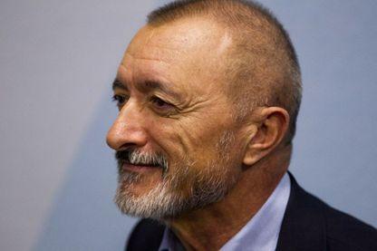 Arturo Pérez-Reverte, écrivain, scénariste espagnol et ancien correspondant de guerre