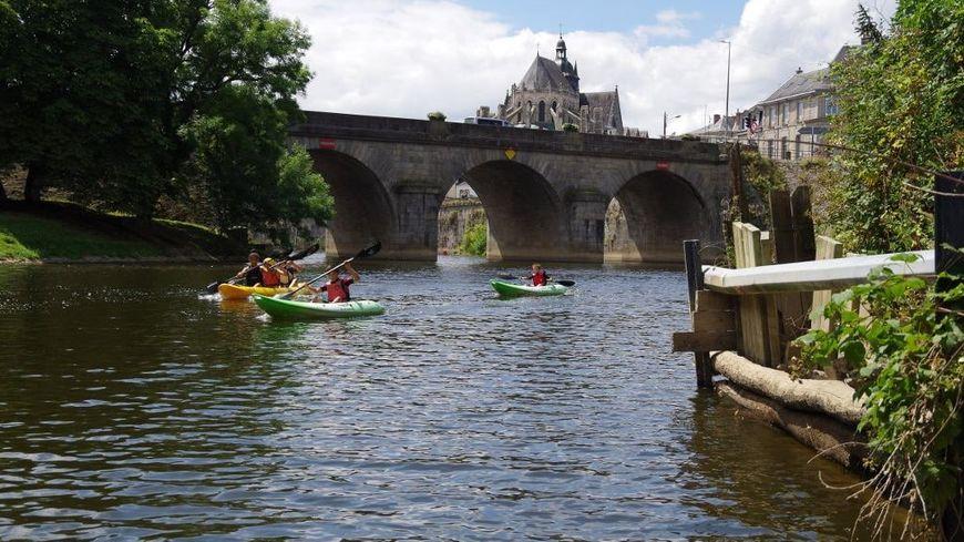 13 kilomètres sur les eaux pour relier Montflours à Laval en plus ou moins 7h ce samedi 29 septembre