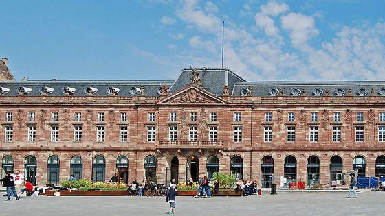 Bâtiment de l'Aubette à Strasbourg - place Kléber datant du 3e quart 18e siècle & 2e quart du 20e siècle