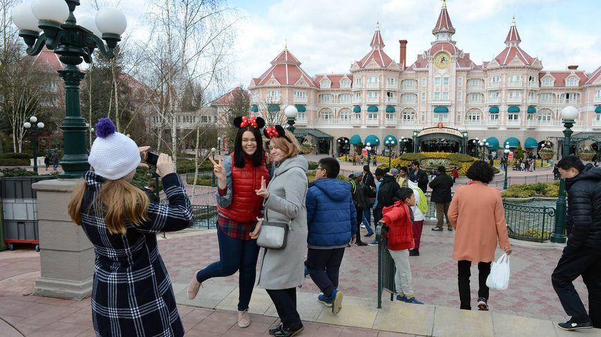 Meaux : des personnes handicapées condamnées à verser 116 235 euros de dommages et intérêts à Disneyland Paris. Photo d'illustration