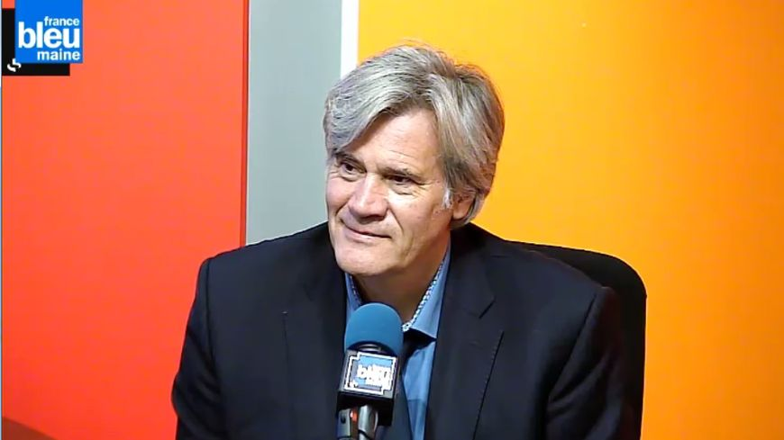 Stéphane Le Foll dans le studio de France Bleu Maine