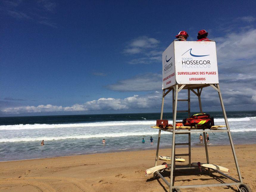 Un poste de secours sur une plage d'Hossegor. Image d'illustration.