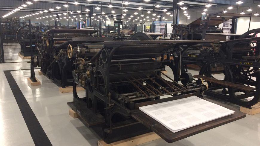 Plus de 150 machines de collection sont exposées.