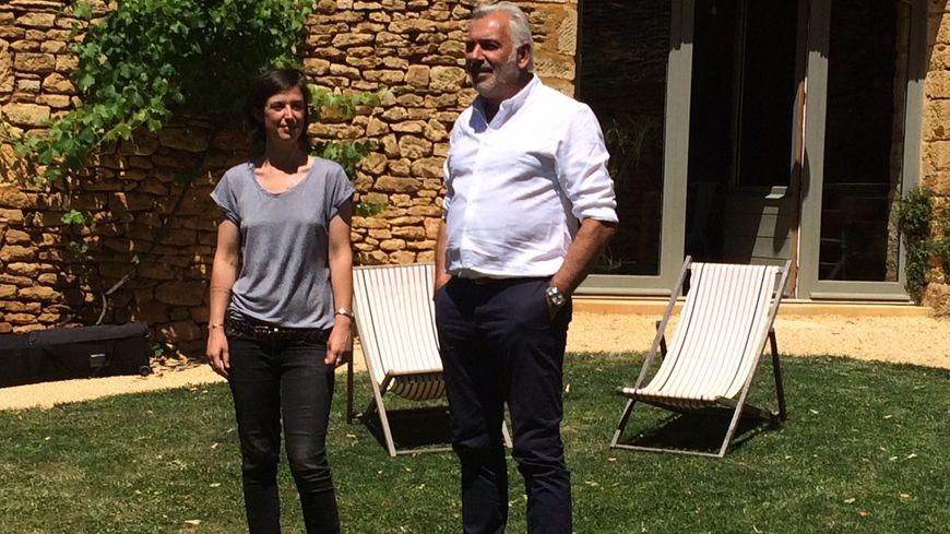 Stéphane Thébaut et Emilie Orgell lors du tournage en juin dernier à Saint Geniès