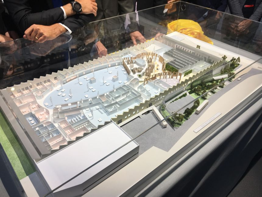 La maquette du futur Hall 32